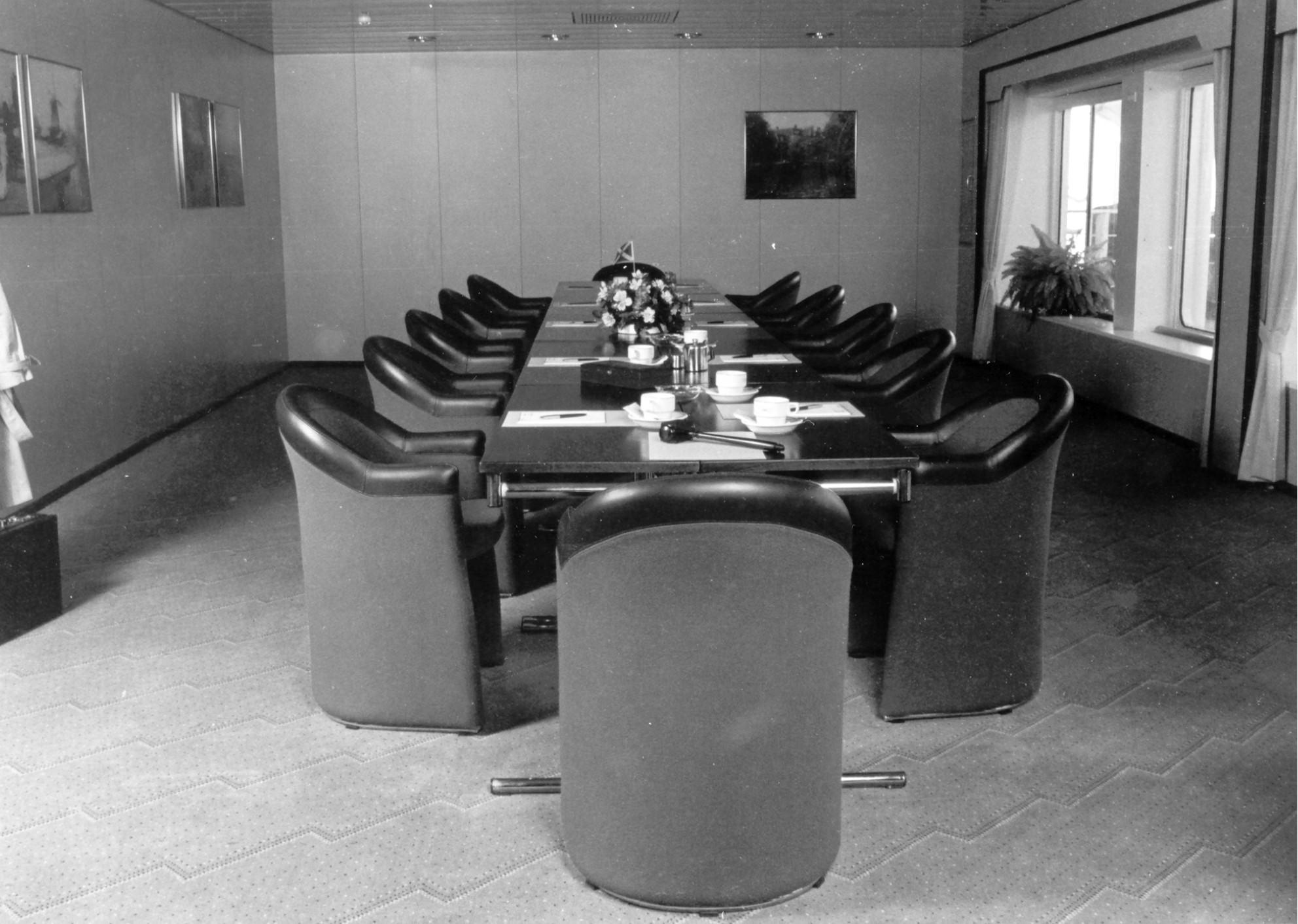KONINGIN BEATRIX 1986-20 Conference room 2 in 1986 kopie