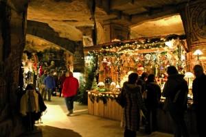 Valkenburg Kerstmarkt Fluweelengrot.JPG.JPG